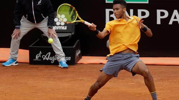 b39ae8d708878 Canadian Felix Auger-Aliassime into Lyon Open semifinals