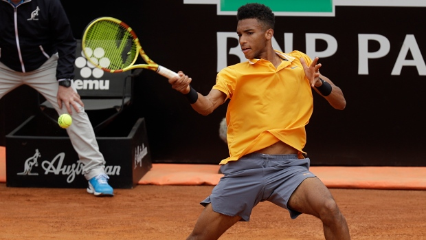 Canada's Auger-Aliassime upsets top seed to advance to Lyon Open final
