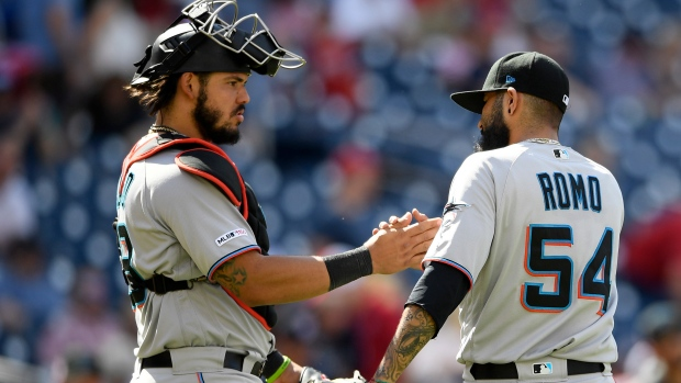 Twins acquire reliever Sergio Romo from Marlins