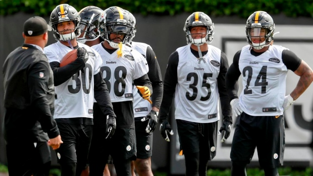huge discount a73fe ac2ba Life after Le'Veon Bell: Pittsburgh Steelers RB trio ready ...