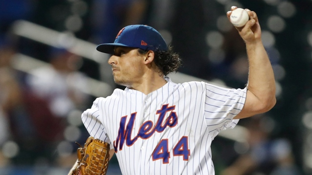 Phillies trade minor-league catcher to Mets for lefty Jason Vargas