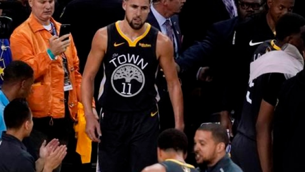 brand new 1fdb5 bc82f Klay Thompson sustains torn left ACL in Golden State ...
