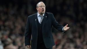 Everton name Benitez manager