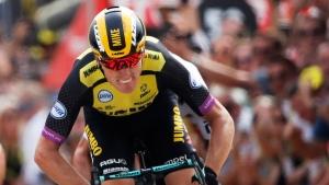 Dutch cyclist Teunissen retains yellow jersey