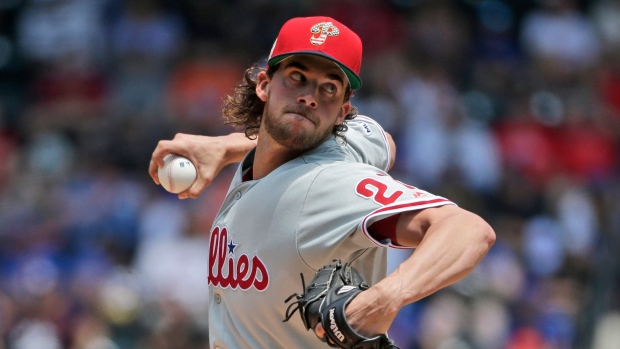 sports shoes 8130e ca204 Aaron Nola no-hitter through six, Jay Bruce hit two homeruns and lead  Phillies over Mets - TSN.ca