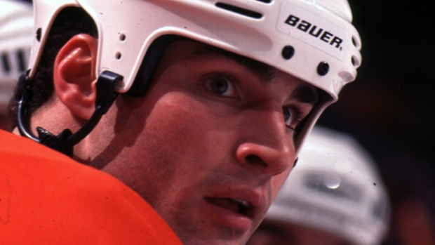 Lindros set for long-awaited induction into Flyers Hall of Fame - TSN.ca 463a3318f