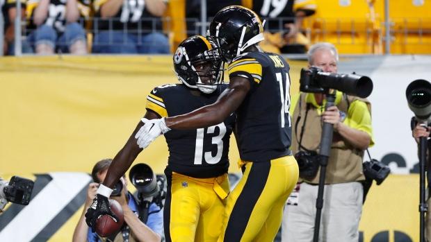 finest selection 5489e f147b Josh Dobbs, Mason Rudolph lead Pittsburgh Steelers to win ...