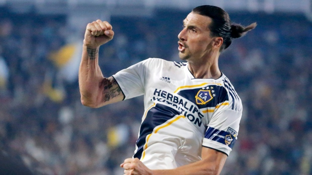 sports shoes f7d30 5b2ca LA Galaxy-LAFC rivalry captures Los Angeles' passion for ...