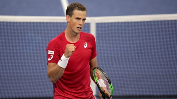 Canada advances at Davis Cup Finals with Italian sweep