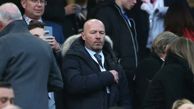 Owen claims Shearer wanted to quit Newcastle for Liverpool