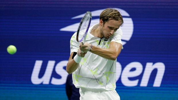 Medvedev contains demons to beat Dimitrov and reach US Open final