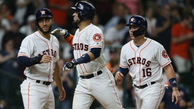 Houston Astros hit MLB-record 6 home runs in 2 innings, beat