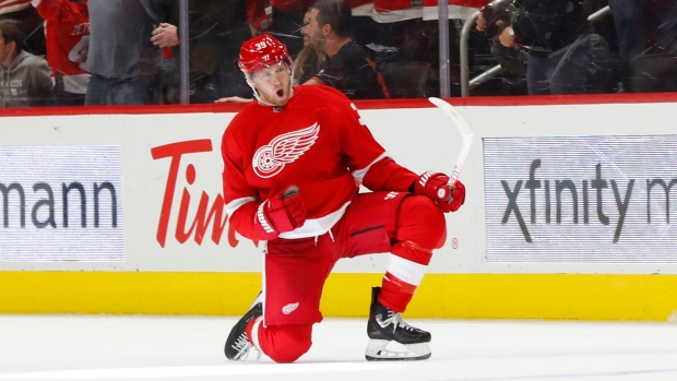 Anthony Mantha's four goals lift Red Wings in home opener