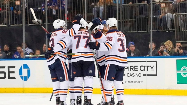 Oilers top Rangers for 5th consecutive win to start season