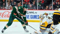 Crosby, short-handed Penguins beat winless Wild 7-4 Article Image 0