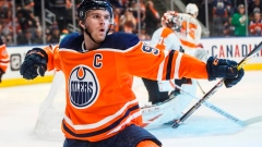 McDavid, Oilers trounce Flyers 6-3, extend Philadelphia's losing skid Article Image 0