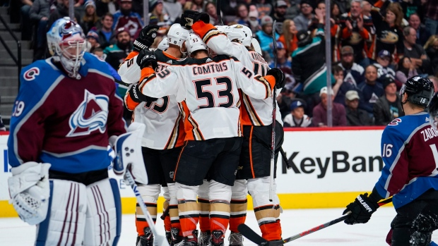 Ducks can't keep up with Golden Knights in 5-2 loss