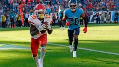 Mahomes' return doesn't fix Chiefs' issues in loss to Titans Article Image 0
