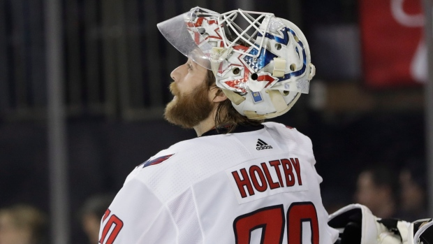 Many Teams Still Have Muddled Goaltending Pictures Tsn Ca