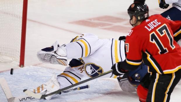 Milan Lucic scores first with Calgary Flames in win over Buffalo Sabres - TSN.ca