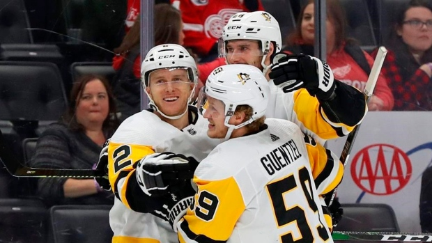 Evgeni Malkin, Pittsburgh Penguins top Detroit Red Wings for 11th straight win - TSN.ca