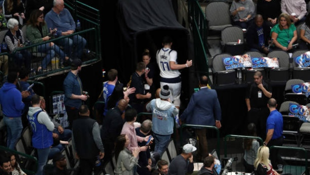 Mavs' Doncic ruled out vs. Heat with ankle sprain