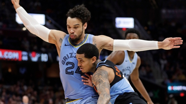 Clarkson轟33分,愛神21+13命中關鍵三分球,騎士險勝灰熊!(影)-黑特籃球-NBA新聞影音圖片分享社區