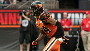 Edwards returns from NFL stint, signs with Argonauts