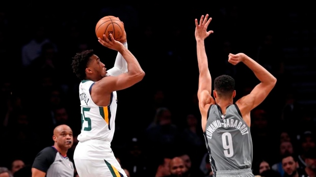 Jazz run winning streak to 10 with 118-107 victory over Nets