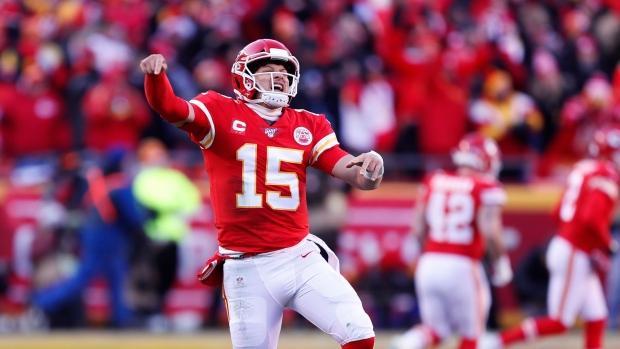 Patrick Mahomes' feet, arms, lift Kansas City Chiefs to Super Bowl over Tennessee Titans - TSN.ca
