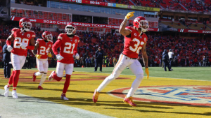Mathieu says he wants to finish career with Chiefs