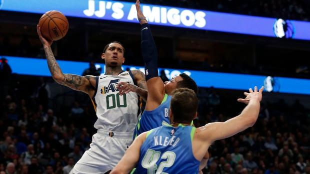 Jordan Clarkson Perfect Rudy Gobert Help Utah Jazz Beat Dallas Mavericks Tsn Ca