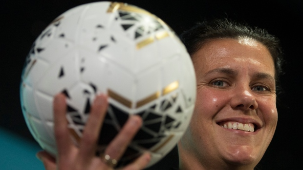 Canada's Christine Sinclair thinking about playing soccer beyond 2020 Olympics - TSN.ca