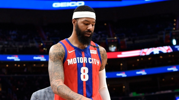 Los Angeles Lakers Officially Sign Veteran Markieff Morris For Playoff Push Tsn Ca