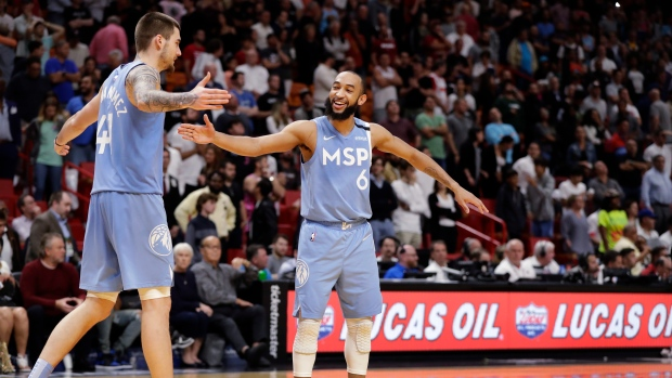 Jordan McLaughlin (6) and forward Juancho Hernangomez (41) celebrate