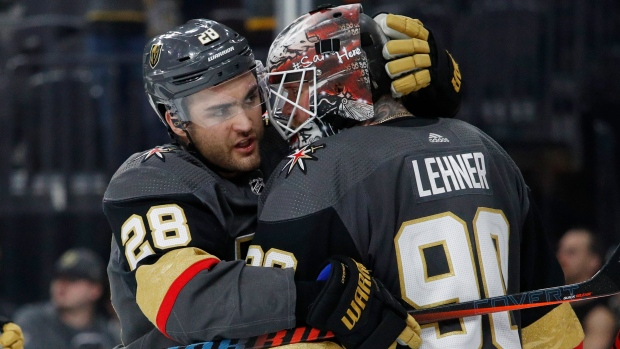 Robin Lehner William Carrier