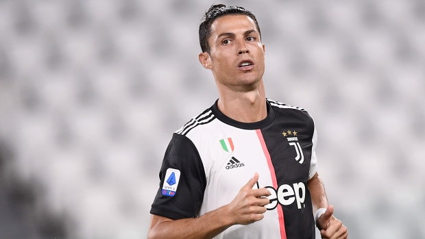Ronaldo S Juventus Gets Messi S Barcelona In Cl Group Stage Tsn Ca