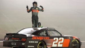 Cindric completes Xfinity sweep at Kentucky Speedway