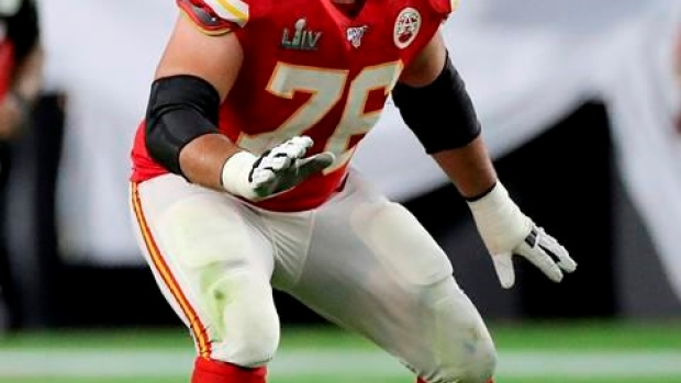 Duvernay-Tardif says watching Chiefs kept him 'grounded' while working pandemic front line