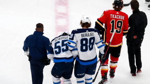 Winnipeg Jets Mark Scheifele Avoids Major Injury Doesn T Believe Flames Tkachuk Tried To Injure Tsn Ca