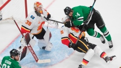 Dallas Stars find scoring mojo, beat Calgary 5-4 to tie NHL playoff series Article Image 0