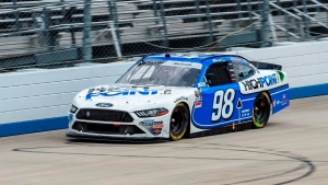 Briscoe calls shot at Dover to win Xfinity Series race