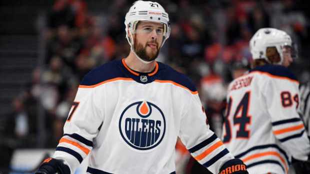 Edmonton Oilers D Mike Green retires after 15 NHL seasons