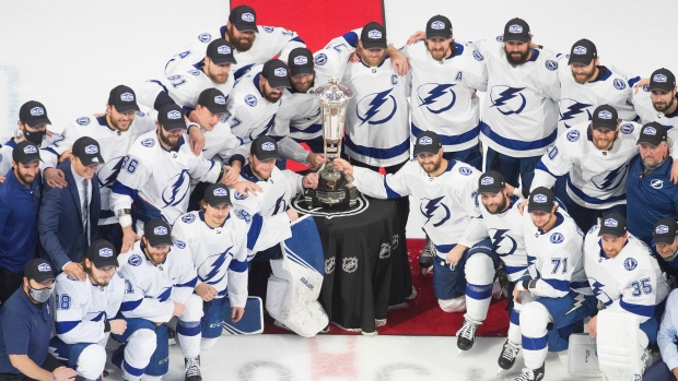 Tampa Bay Lightning receive Prince of Wales Trophy