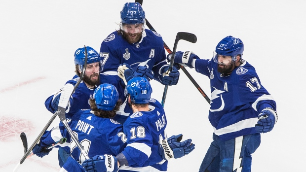 Tampa Bay Lightning Strike Twice On Power Play Beat Dallas Stars To Even Stanley Cup Final Tsn Ca