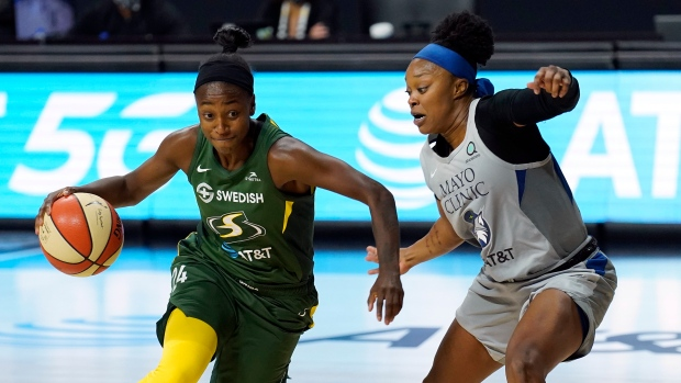 Jewell Loyd and Odyssey Sims