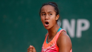 Fernandez advances to second round at WTA Tour event