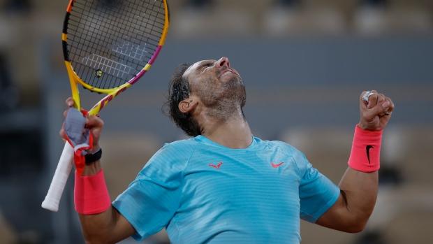 Rafael Nadal beats Jannik Sinner after midnight for 13th French semifinal - TSN.ca