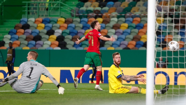 Diogo Jota Makes Up For Ronaldo S Absence As Portugal Beats Sweden Tsn Ca