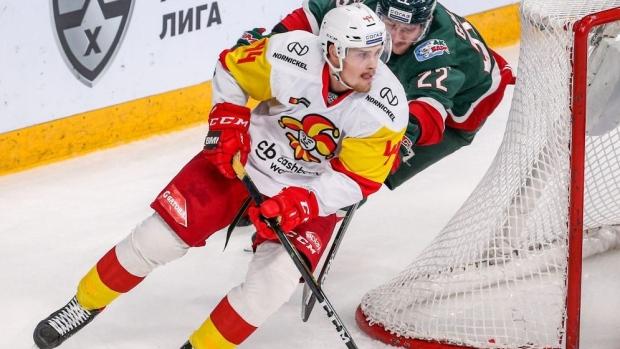 Mikko Lehtonen talks COVID-19 diagnosis, competing for spot on Toronto Maple Leafs blueline - TSN.ca
